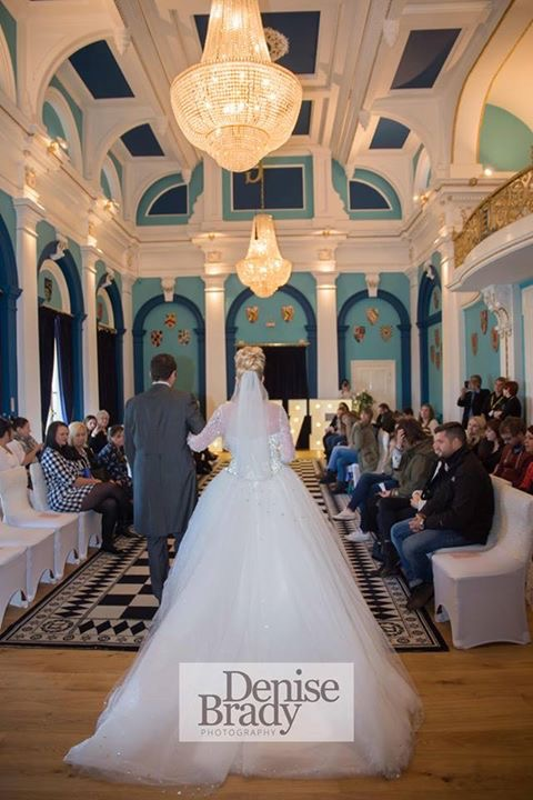 Photo of a Wedding Ceremony at the Royal Assembly Rooms, Great Yarmouth (Courtesy of Denise Brady Photography)